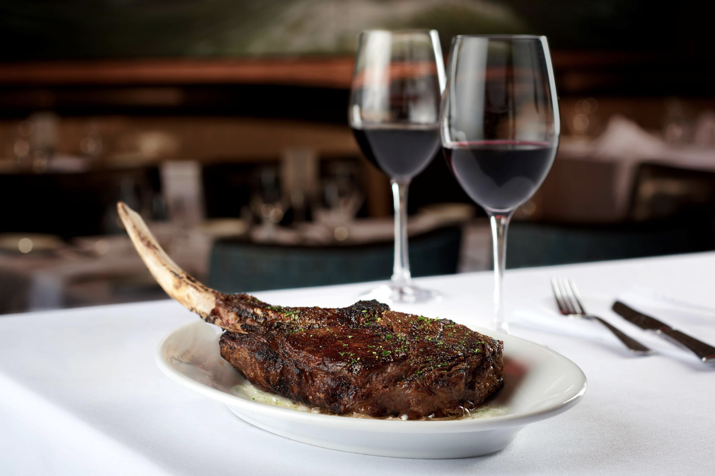 Ruth's Chris Steak House in Wailea Features Tomahawk Dinner Easter Special