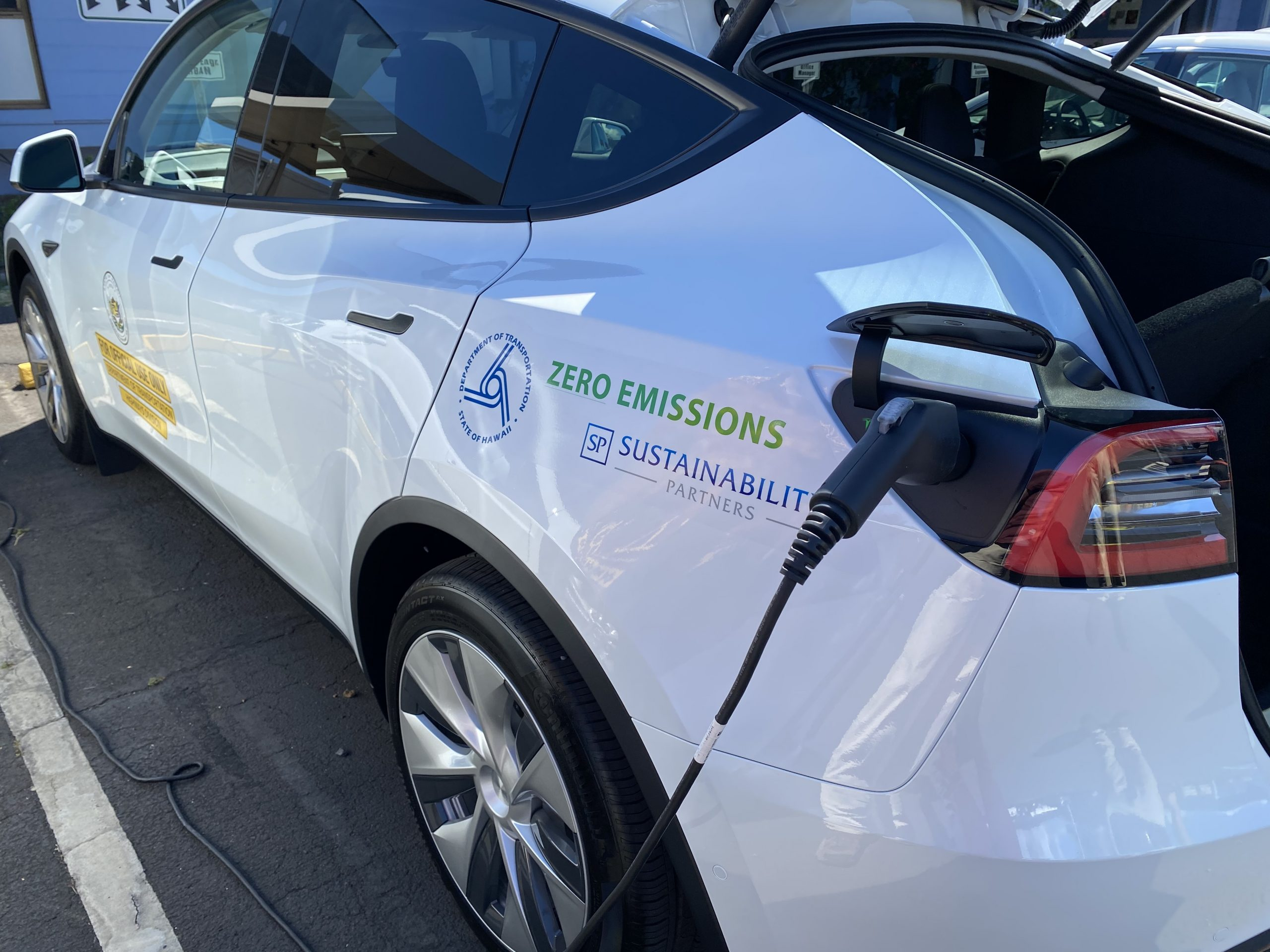 First EVs Picked up Through Statewide, Multi-Agency Service Contract Arrive