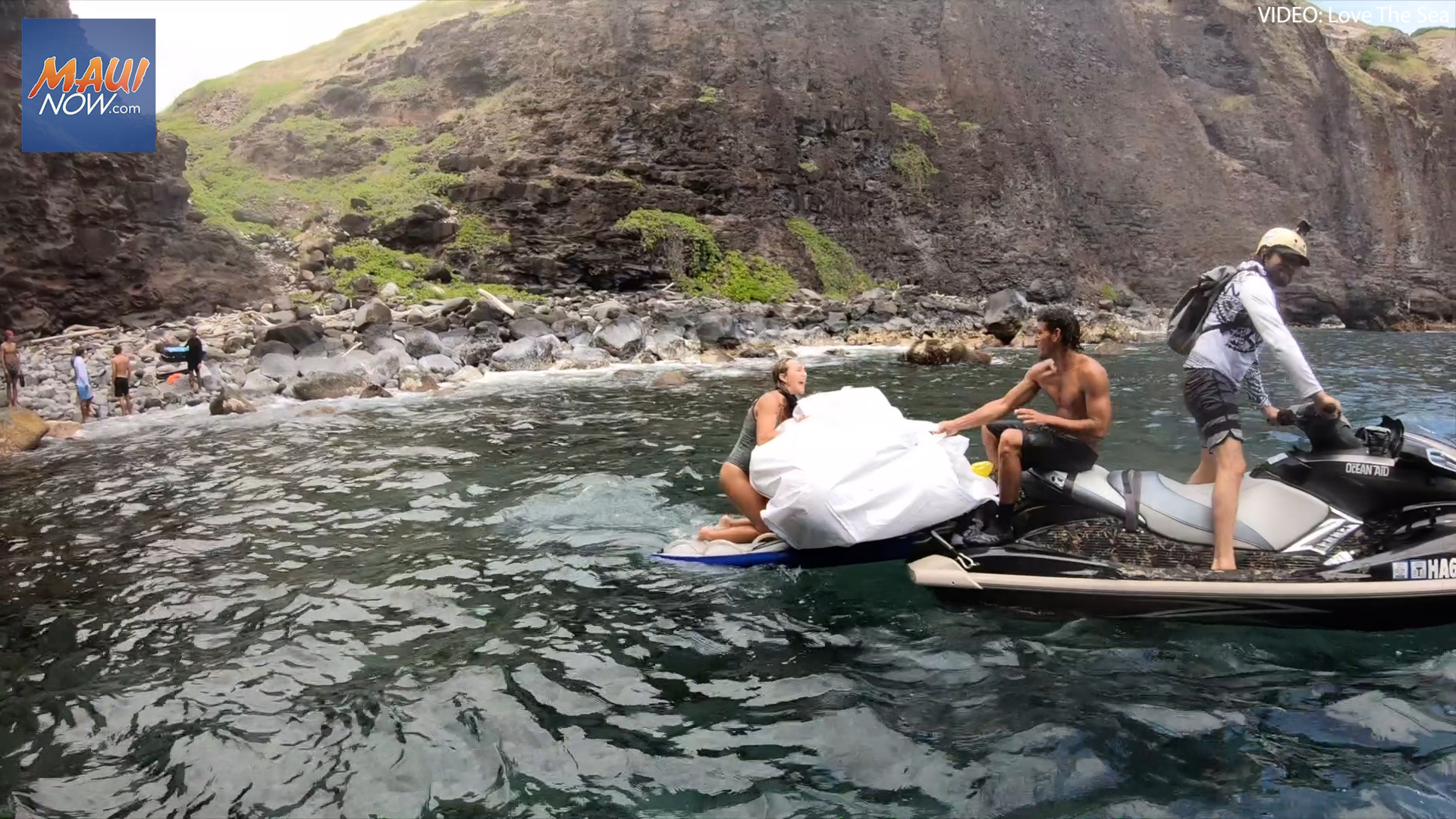 Love The Sea's Cleanup Recovers 4,700 lbs of Plastic Debris from Kahakuloa, Maui