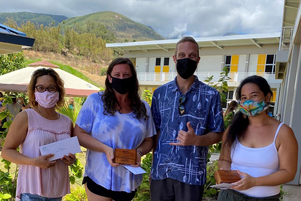 Duke's Beach House Recognizes Staff at Princess Nāhiʻenaʻena Elementary School