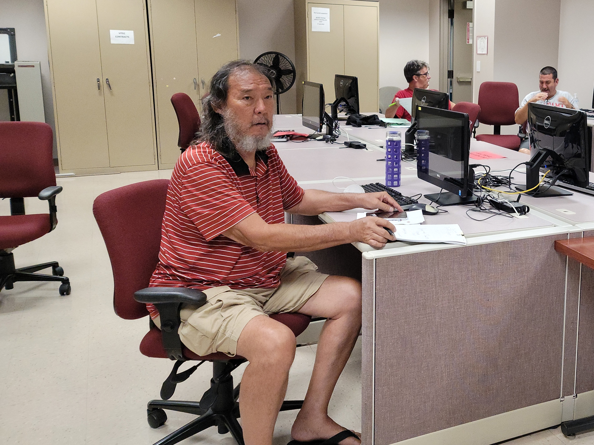 Computer Class Offered to Deaf Community in UH-Maui College-MEO Collaboration