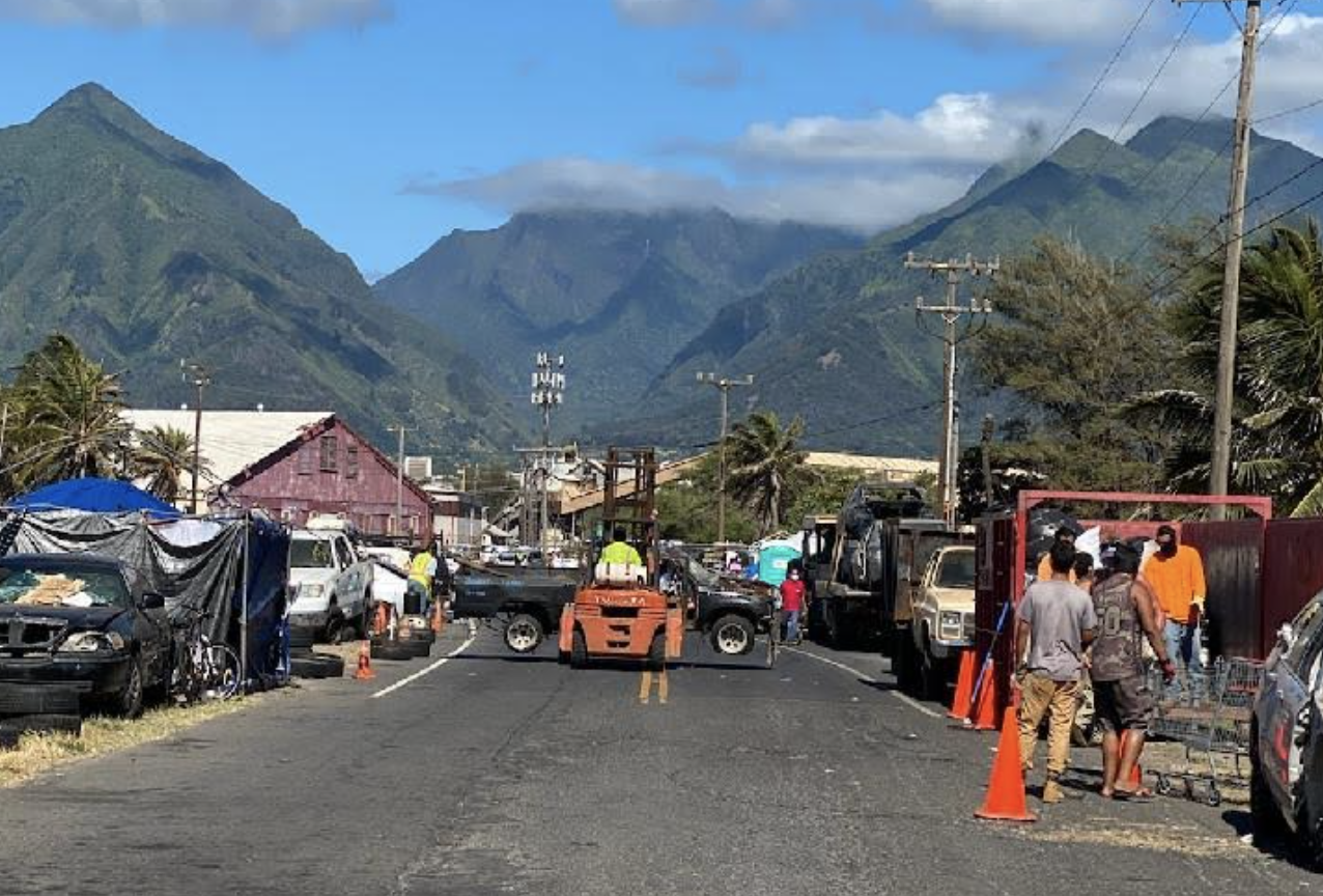 County Joins Police in Removing 41 Vehicles Abandoned Near Kanahā in Kahului, Maui