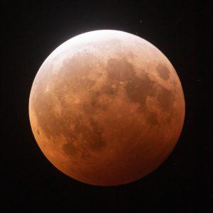 Lunar Eclipse Helps Locate 3 Near-Earth Asteroids