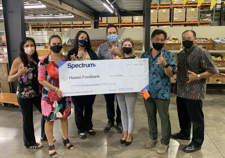 Spectrum Awards $10,000 to the Hawaiʻi Foodbank