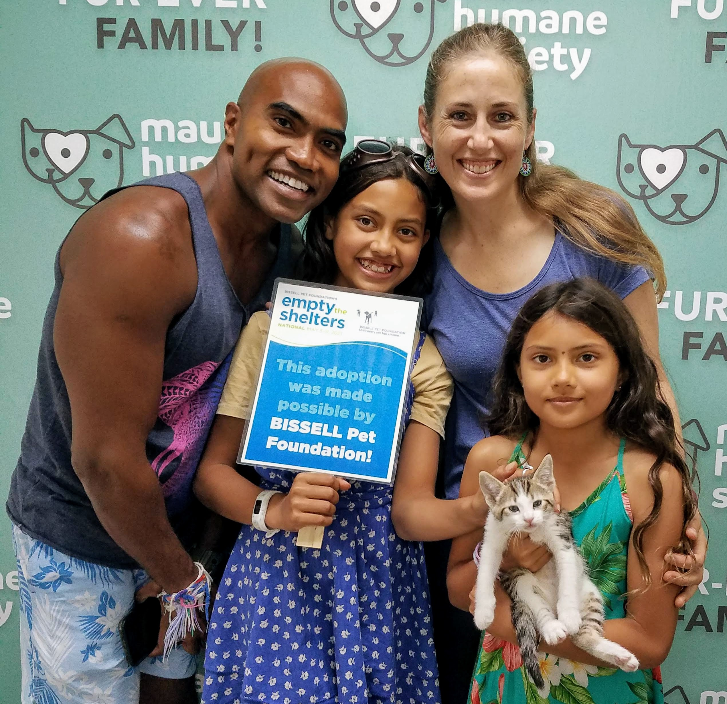 "Maui Humane Society Kicks Off ""Empty the Shelters"" Event"