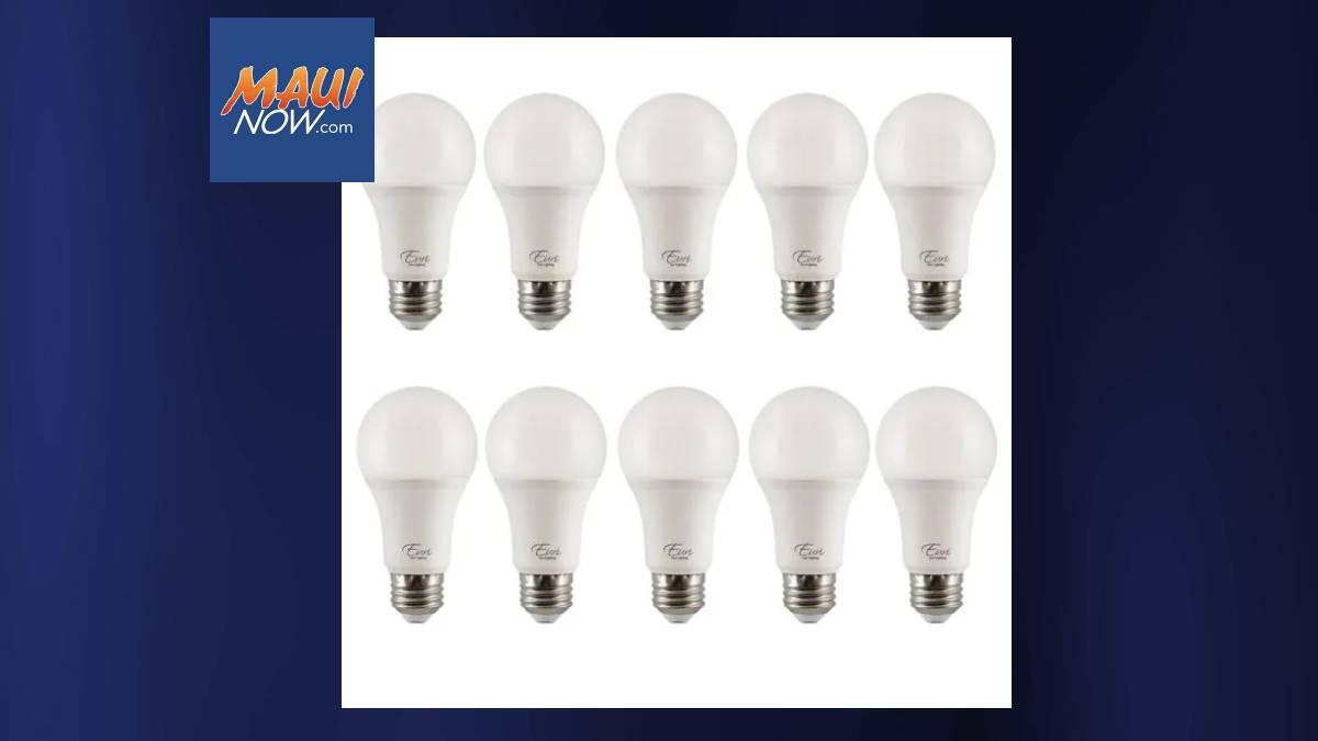 Hawaiʻi Energy Holding Free LED Bulb Swap