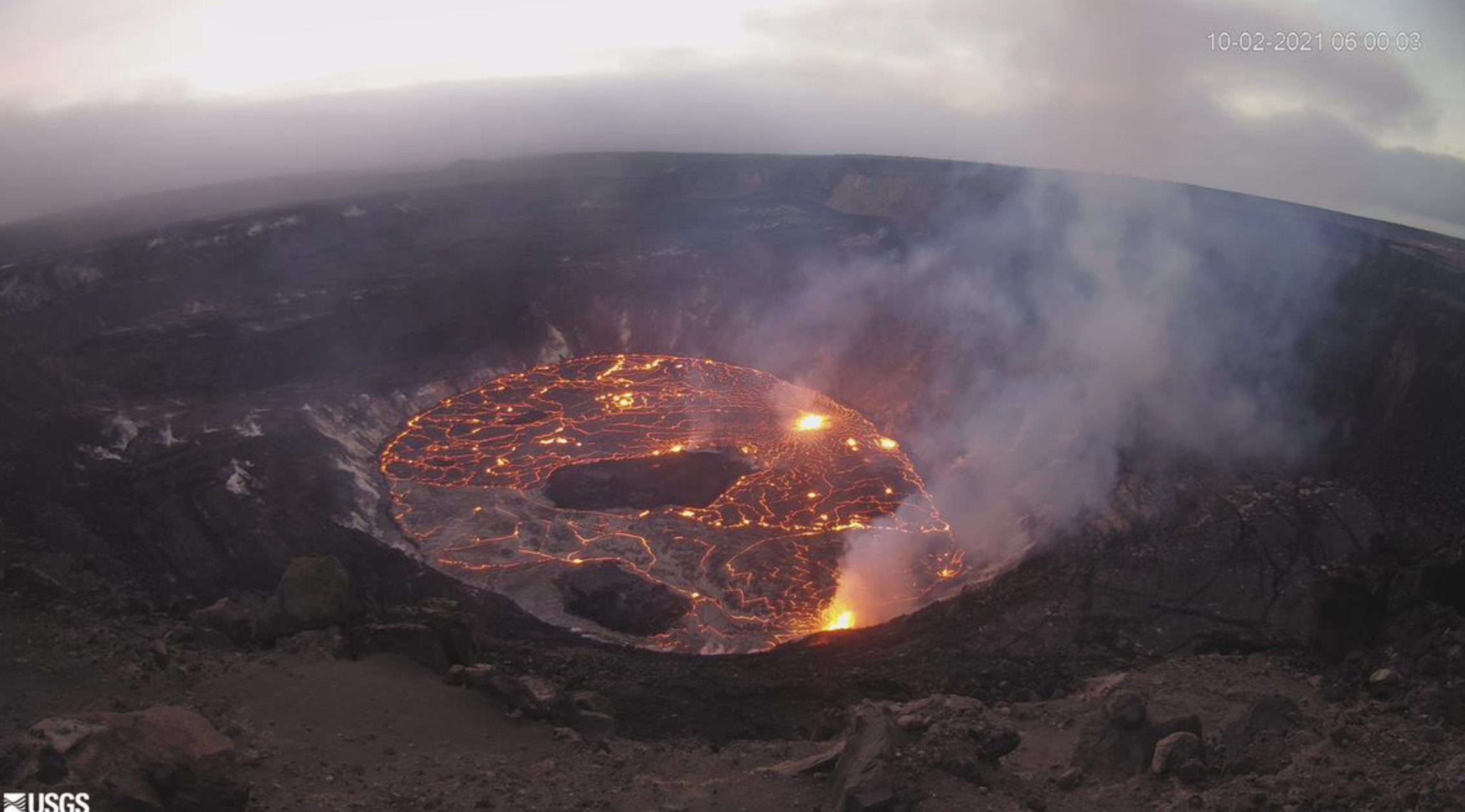 Kīlauea Eruption Continues with Multiple Vents Along the Crater Floor